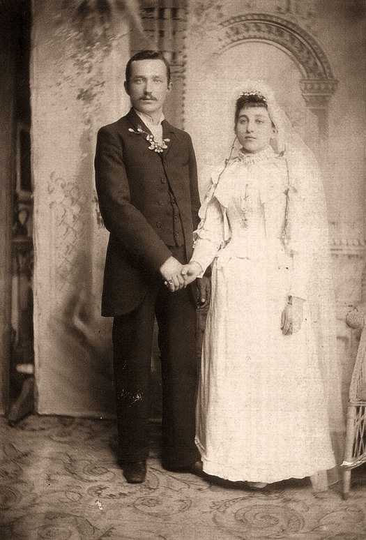 Louis John Gaspar & Agnes Elizabeth Starck  Wedding photo